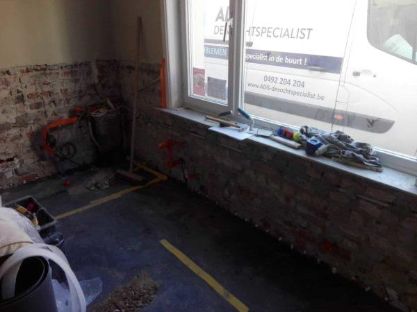 Behandeling tegen opstijgend vocht te Knokke tijdens ADG DE vochtspecialist voor al uw vochtproblemen 5